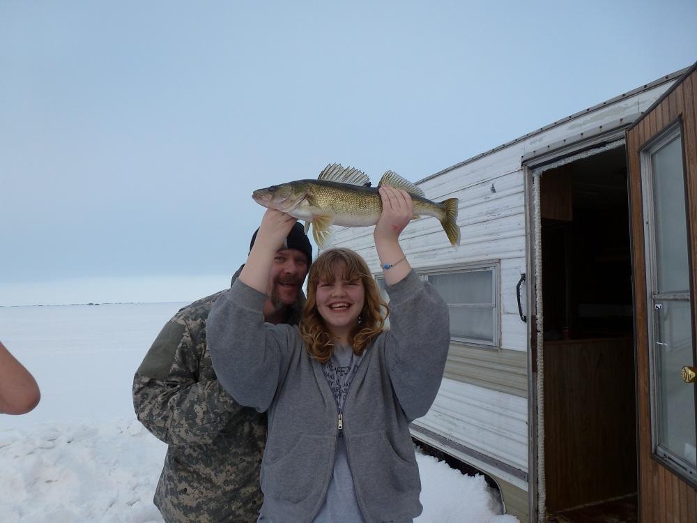 2012_Ice_Fishing_photos_012.jpg