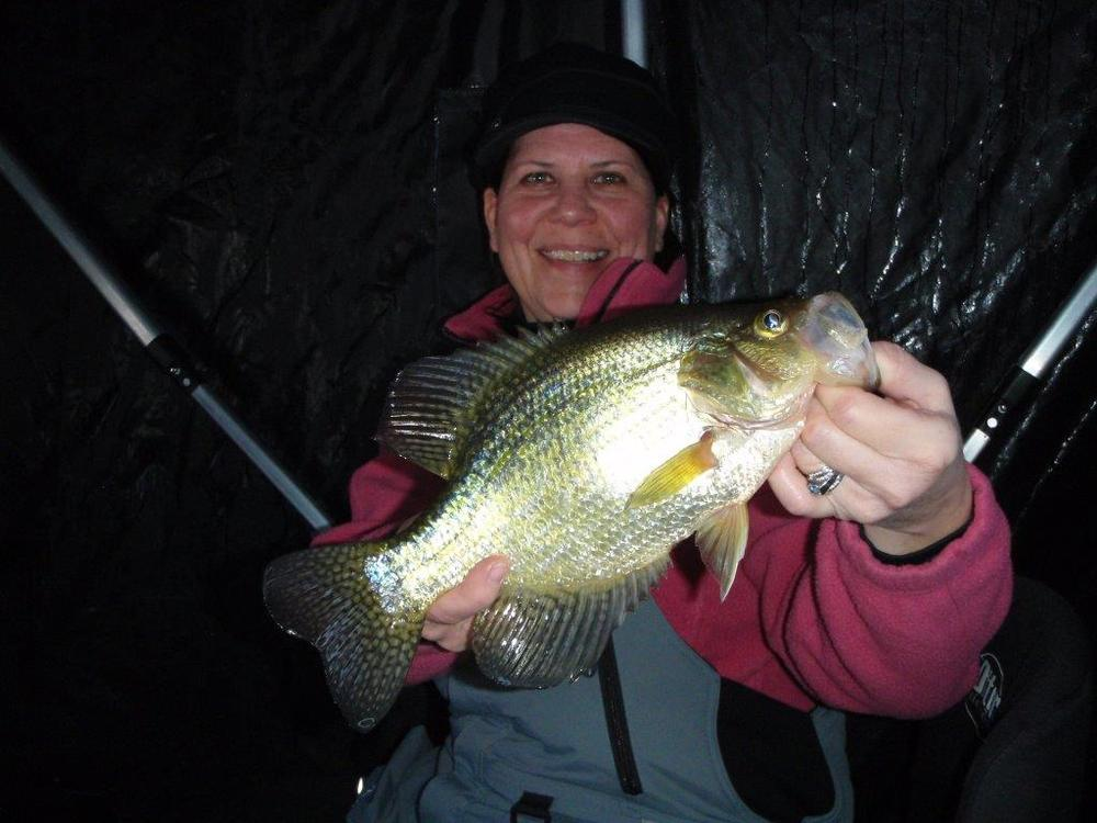 Alicia Gagne with a slab crappie from Sunset Lodge 21116.jpg