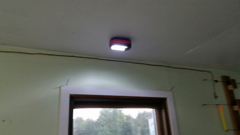 Light 3 (800x450).jpg