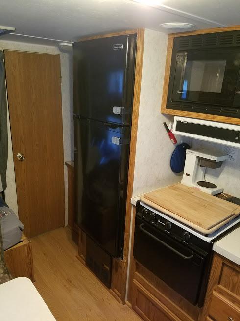 camper fridge electric.jpg