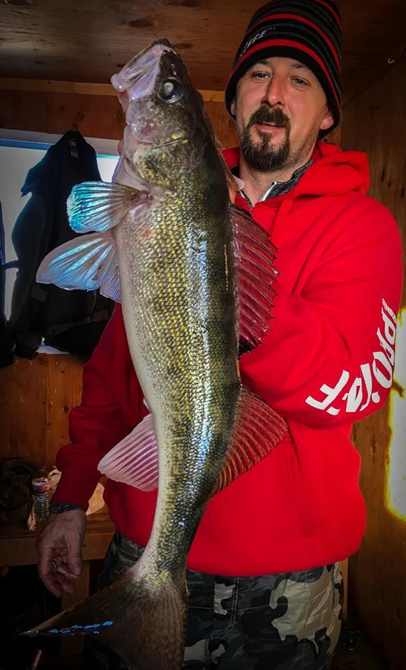 Jamie Dietman, walleye, Ice fishing, Striker Ice.jpg