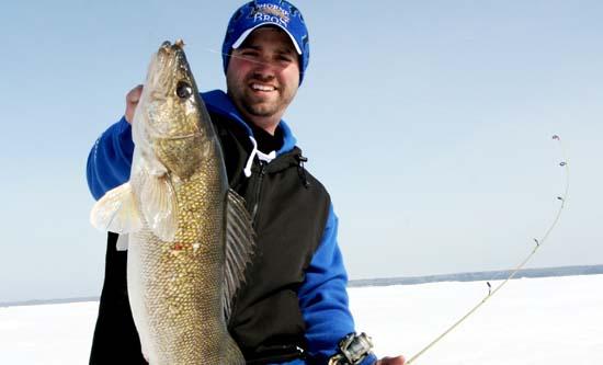 Ice fishing - Matt Johnson - Walleye