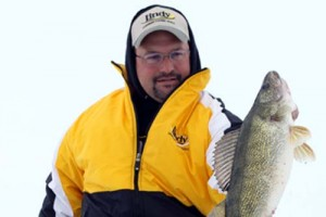 Ice Fishing for Walleyes with Rattlebaits – Walleyes, Ice and the Rattlebait Revolution