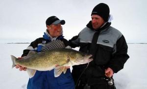walleye-ice-fishing-featured